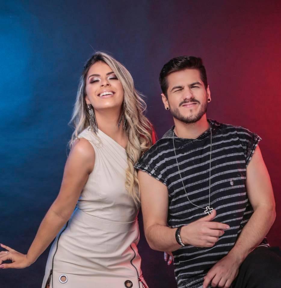 Banda Magníficos atualmente conta com os vocais de Ohara Ravick e Fernando Frajola