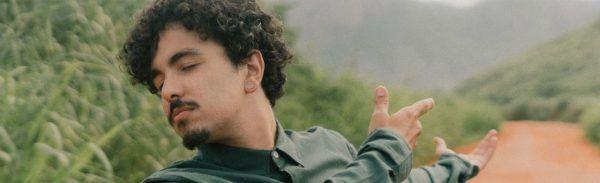 Victor Mus lança single e clipe por meio de edital