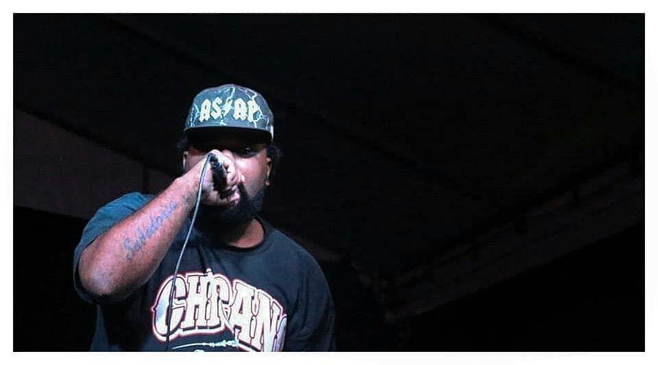 Alex Emissário é um rapper que está há quase 20 anos na estrada