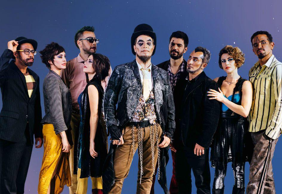 O Teatro Mágico une MPB e pop rock