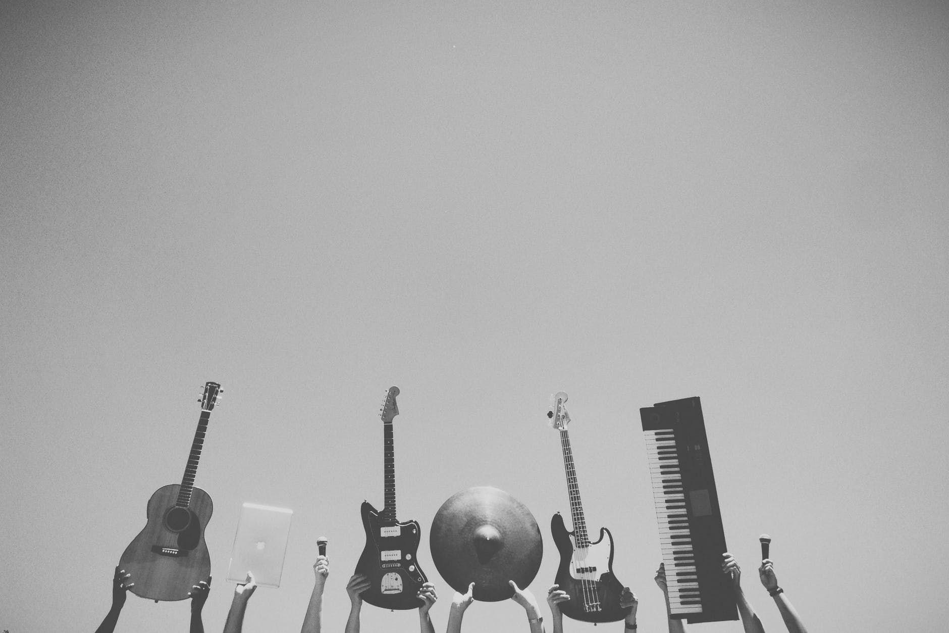 Profissionalismo artístico vai além de saber tocar um instrumento