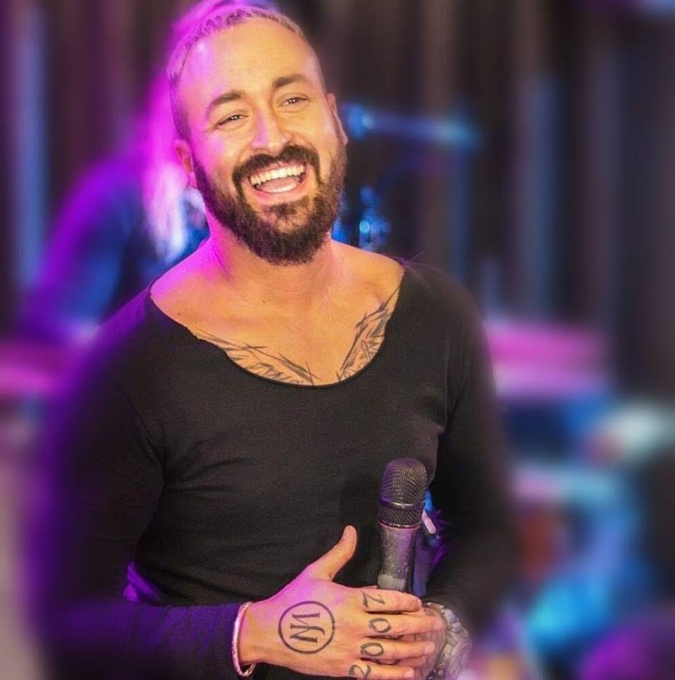 João Miguel é um cantor português