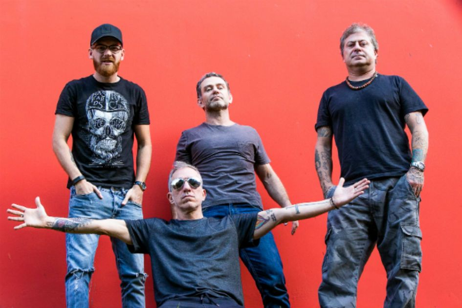 Tianastácia, banda de rock mineira