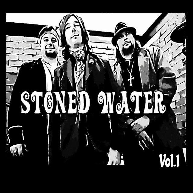 Banda Stoned Water lança disco de estreia
