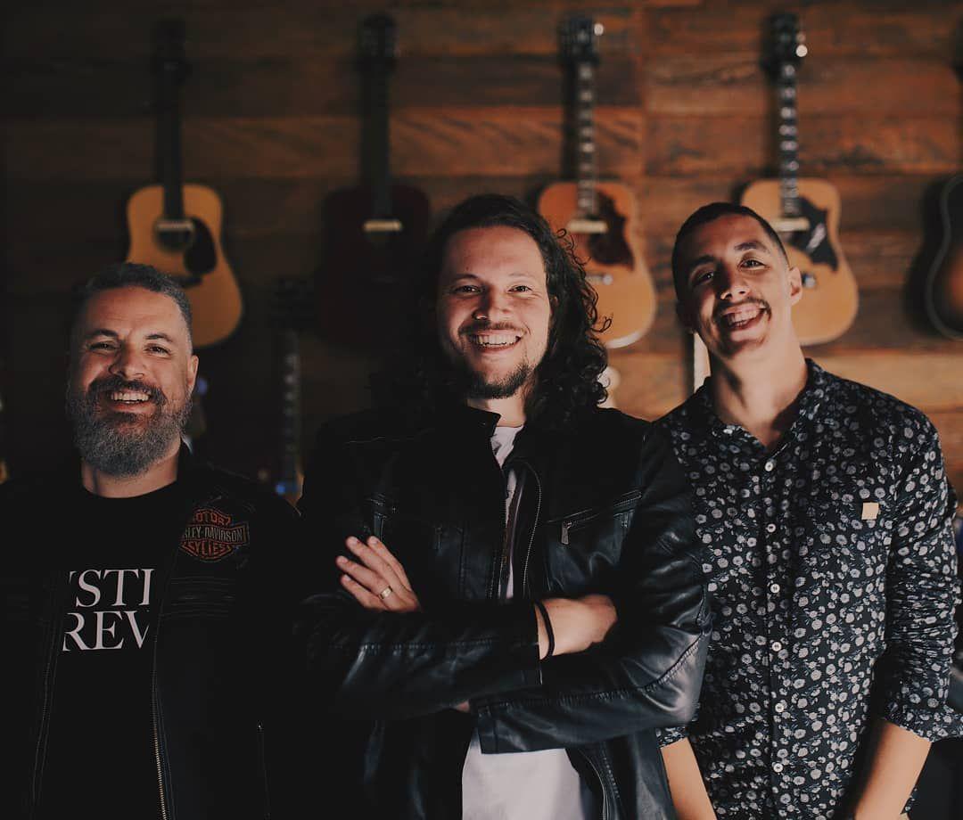 A Outra Margem, trio de música folk