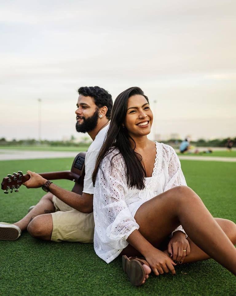 Casal que forma o duo Tamarindus
