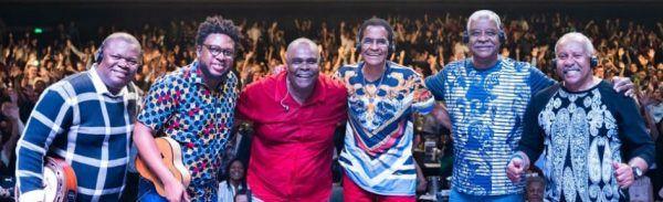 Grupo Fundo de Quintal é uma lenda do samba