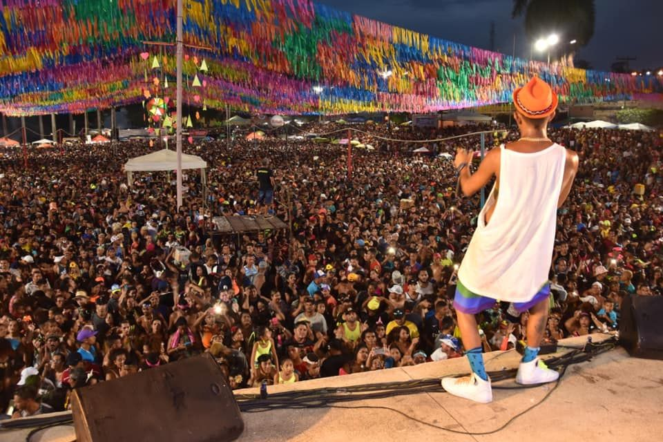MC Troia é um artista acostumado a cantar para plateias lotadas