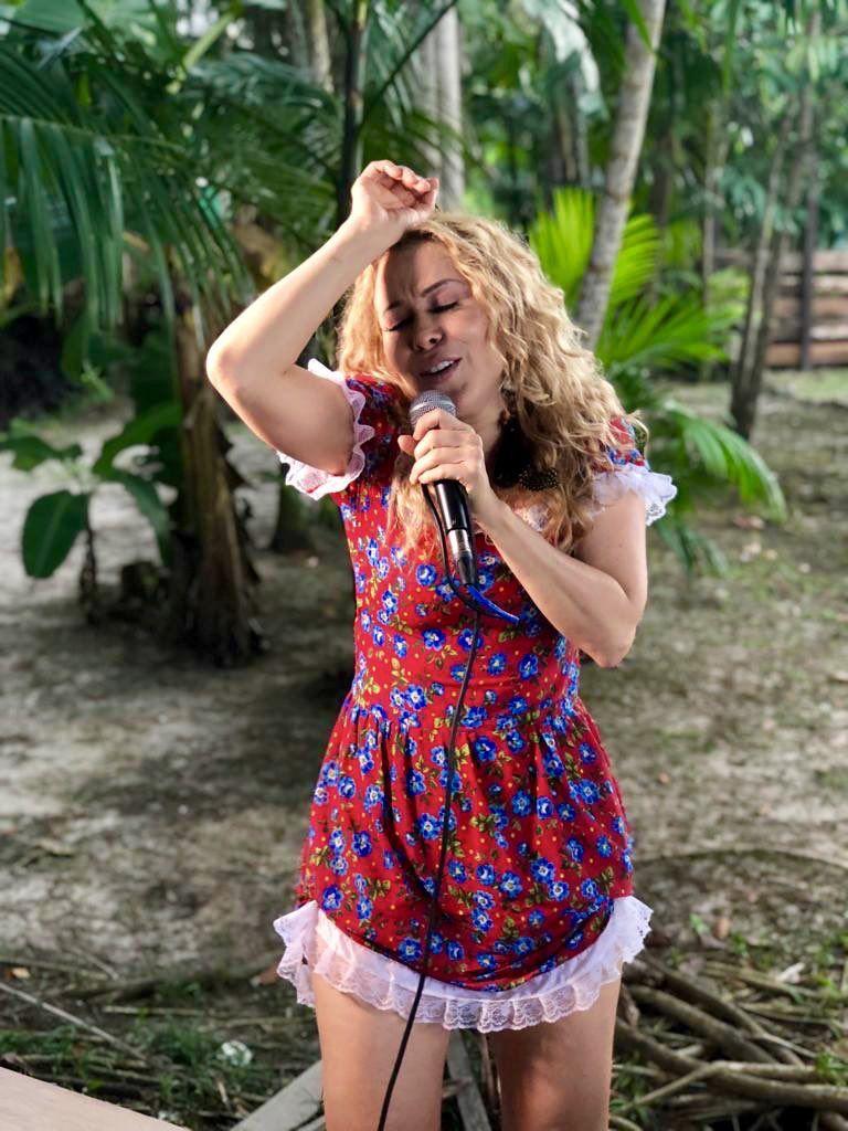 Cantora Joelma lança single