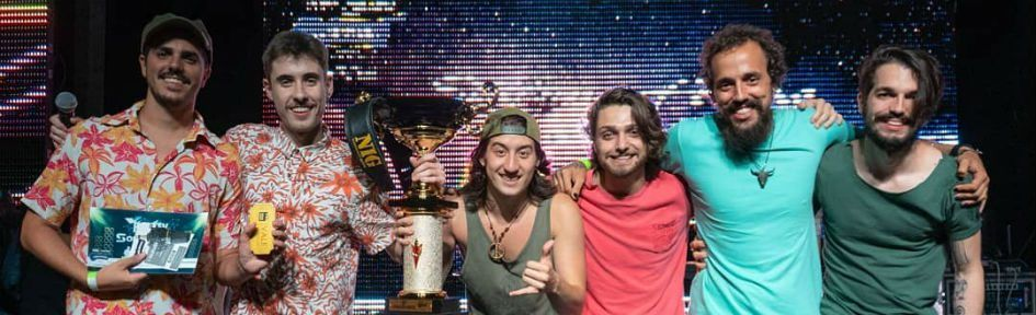 Stéfano Ferraz e Os Manjares no palco do Time4Music