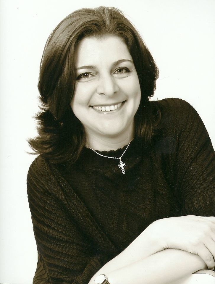Florinda Cerdeira Pimentel é professora mestre no curso de Licenciatura em Música do Centro Universitário Internacional Uninter.