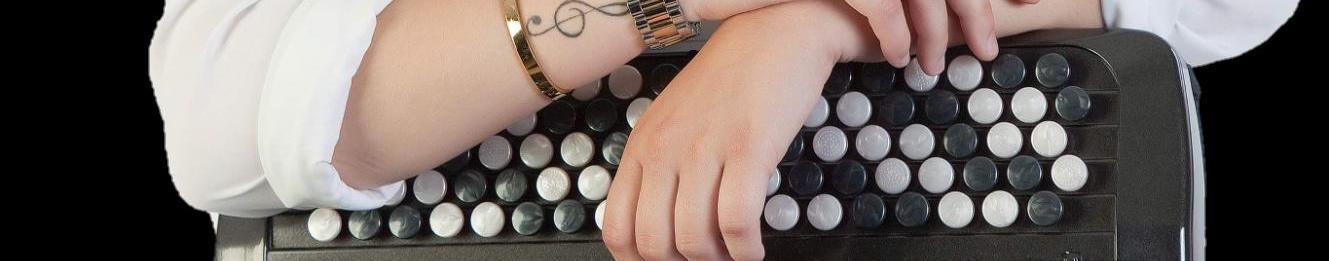 Imagem de capa de Nicole Viviana acordeonista
