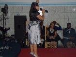 cantora andreia santos