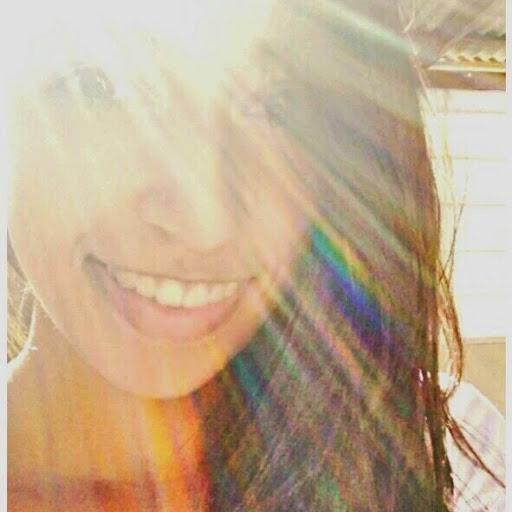 Carolyne avatar