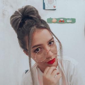 Beatriz avatar