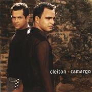 Cleiton e Camargo (2002)}