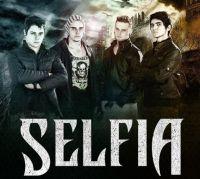 Selfia