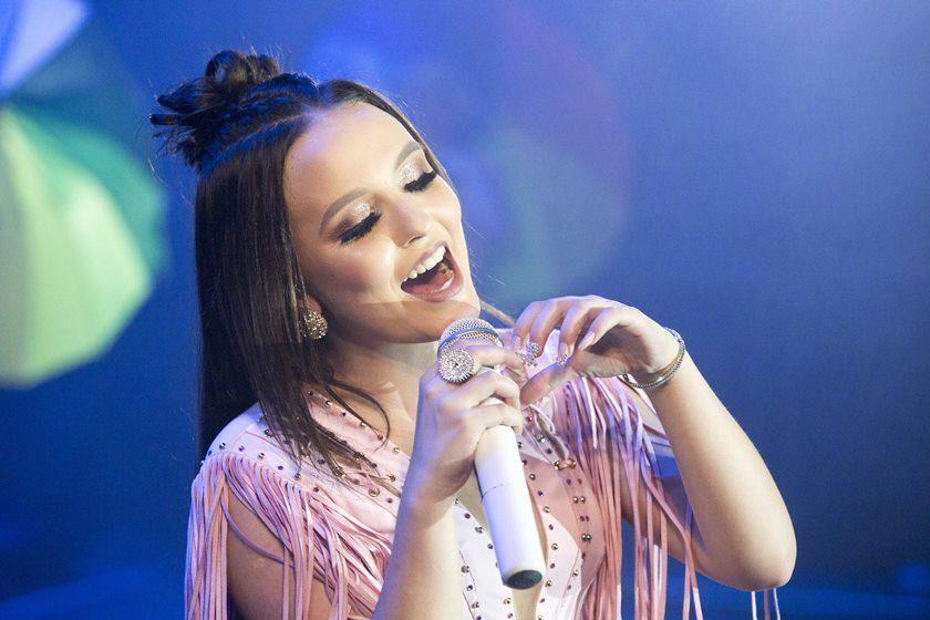 Larissa Manoela - Ouvir todas as 183 músicas eece83e18d