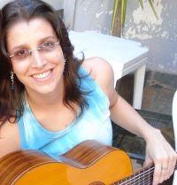 Flávia Ellen