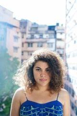 Isadora Melo
