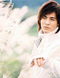 Zhou Yu Min ( Vic Zhou )