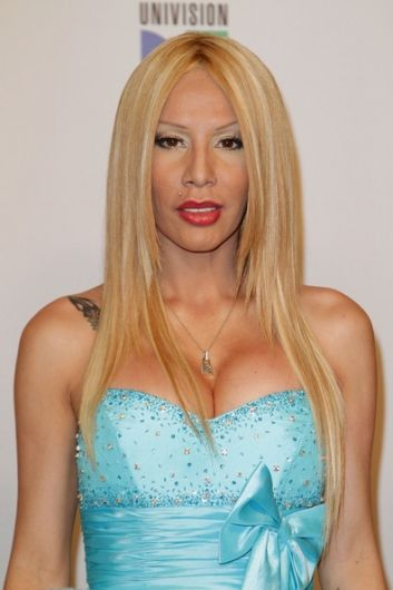 angel caido ivy queen