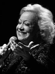 Claudete Soares