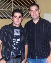 Thiago & Renato
