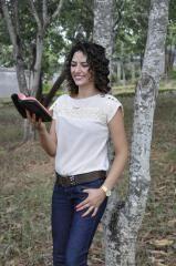 Elane Farias