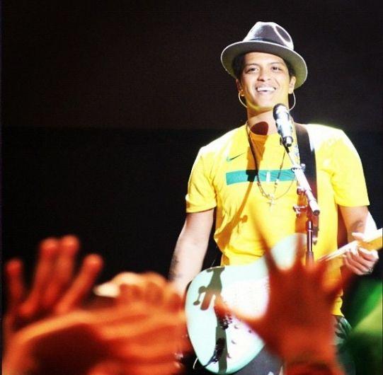 Bruno Mars Wake Up In The Sky Mp3: Bruno Mars Fotos (144 Fotos)