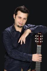 Alysson Santoli