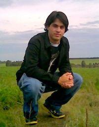 Adriano Menezes