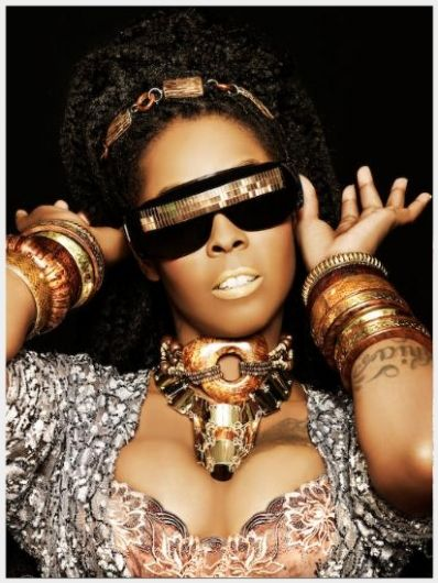 Khia lick it good agree