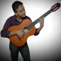 Edson Flores