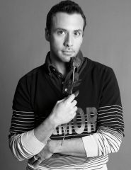 Howie D