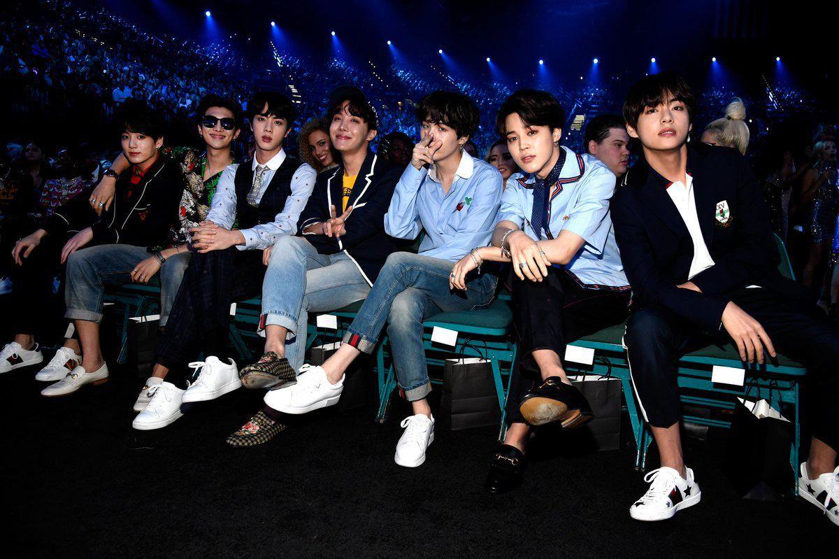 Music Bank Tour