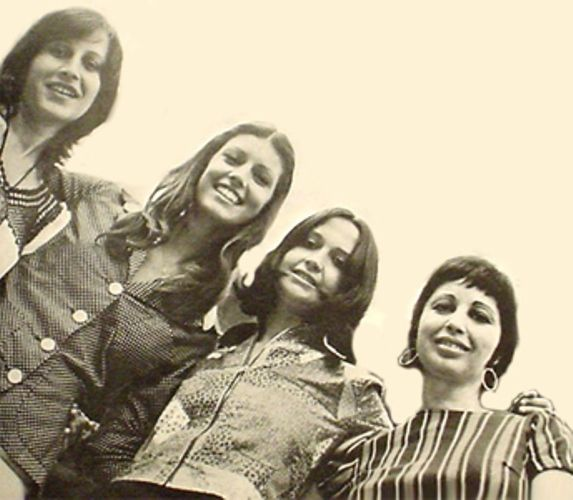 Quarteto Em Cy Querelas Do Brasil