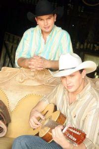 Adriano Reis & Adriel