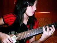 Larah Oliveira